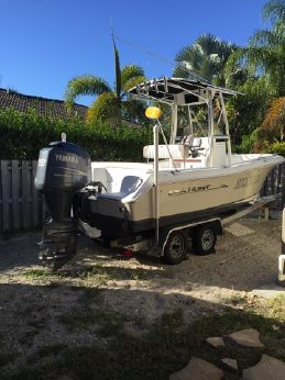 2011 Sea Hunt Ultra 210