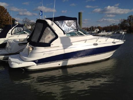 2005 Cruisers Yachts 280 CXi Express MD