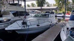 2002 Cruisers Yachts 3075