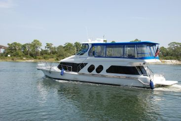 2001 Bluewater 5800 3 Staterooms