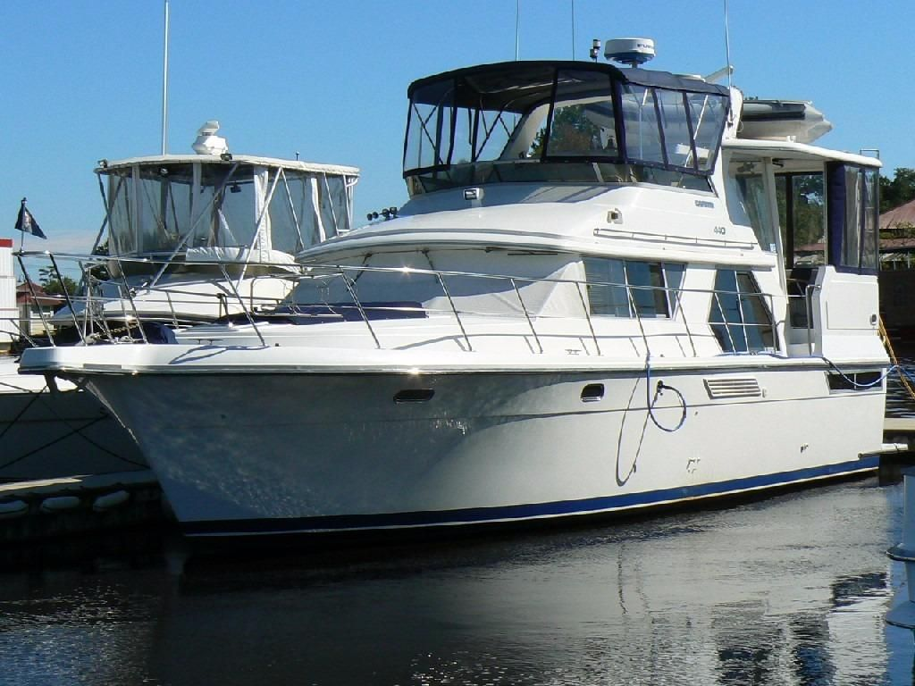 1993 carver 440 aft cabin motor yacht power new and used boats for Carver aft cabin motor yacht