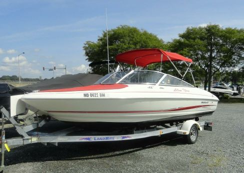 2002 Wellcraft 210 EXCALIBUR
