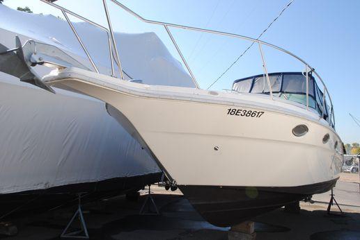 1995 Cruisers Yachts 3070 Rogue