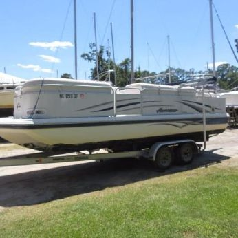 2006 Godfrey Pontoon Hurricane 238