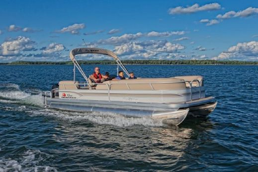 2015 Sun Tracker Signature 24' Party Barge RF