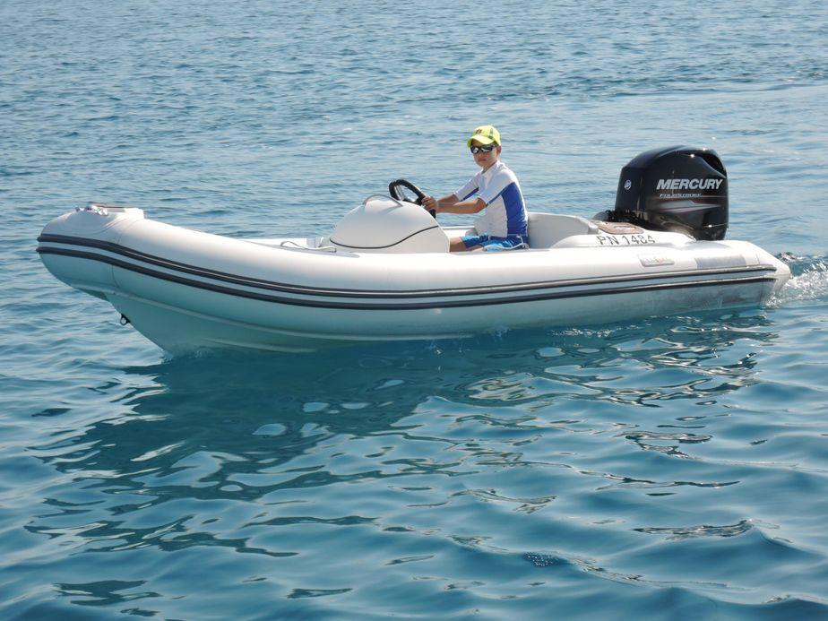 2009 Avon Seasport SE 400 DL Power Boat For Sale - www