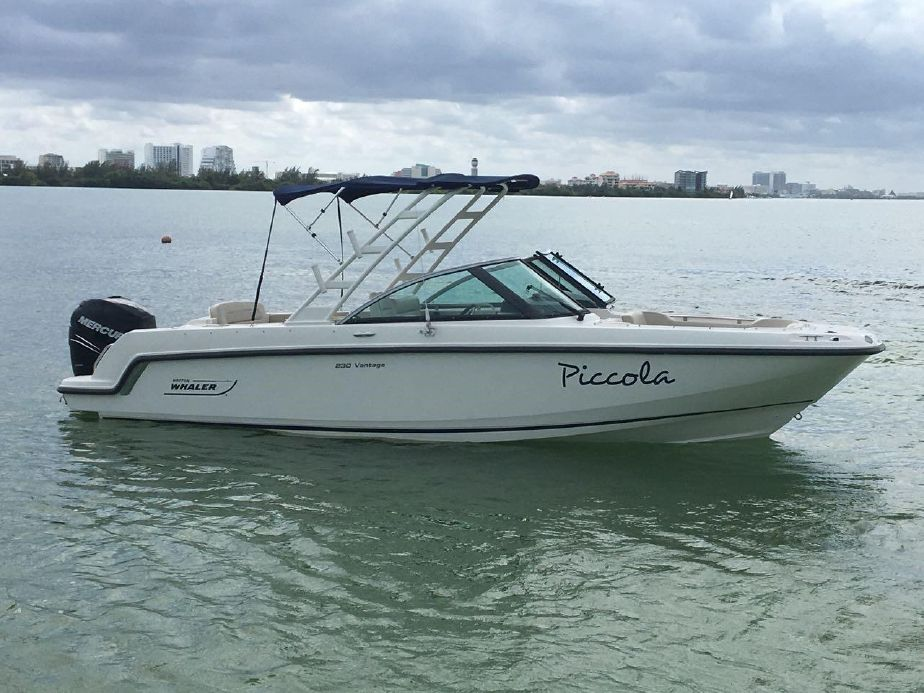 2014 Boston Whaler 230 Vantage Power Boat For Sale - www yachtworld com