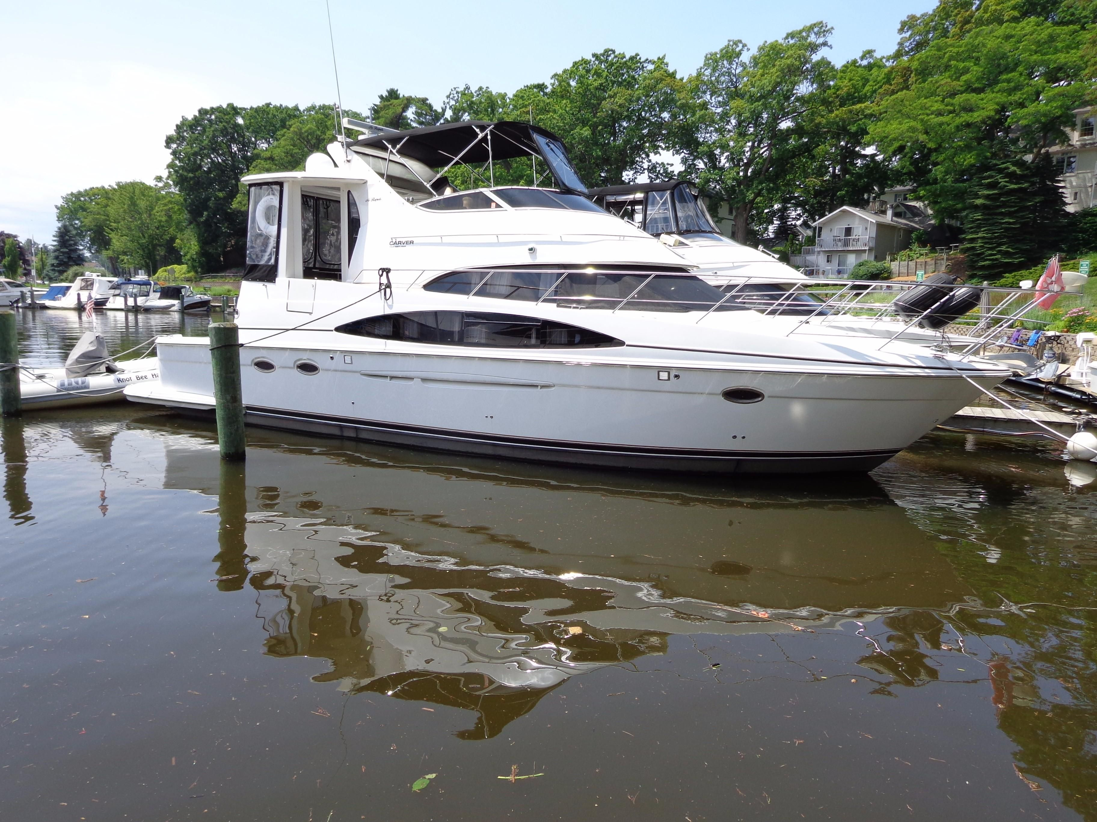 2003 carver 444 cockpit motor yacht power new and used for Klakring motor co annapolis