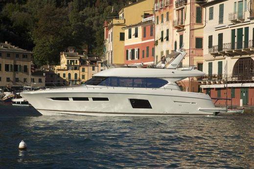 2015 Prestige Yachts 620