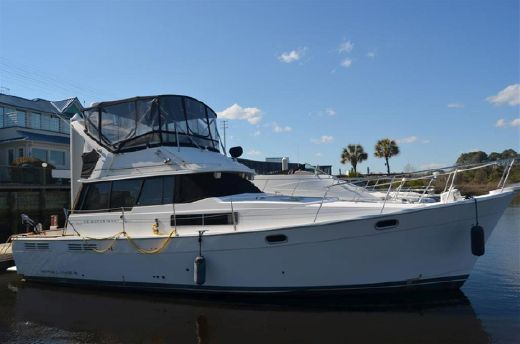 1992 Bayliner 3888 Motoryacht Sedan