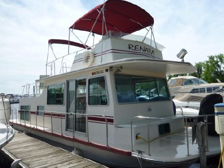 1977 Harbor-Master Houseboat