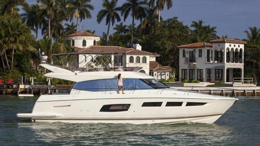 2016 Prestige Yachts 550 Flybridge