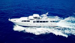 2000 Broward Raised Pilothouse