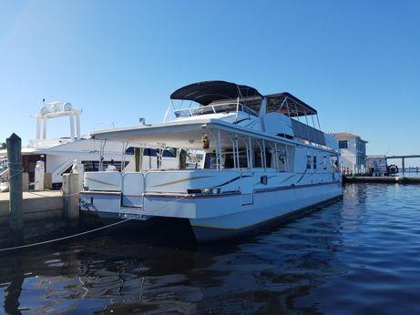 2005 Starlite House Boat