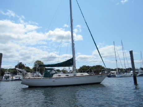 1976 Cape Dory Intrepid