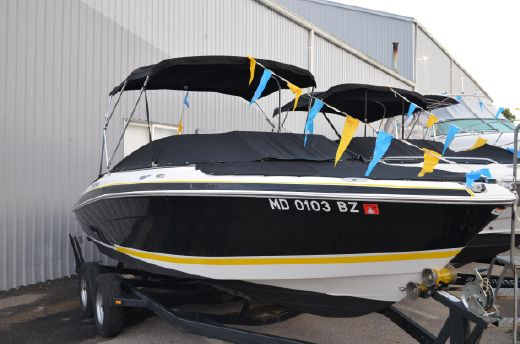 2006 Four Winns 210 Horizon