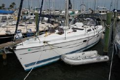 2002 Hunter 466 bow thruster
