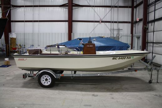 1989 Boston Whaler Striper 17