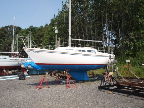 1975 Catalina 27 sloop