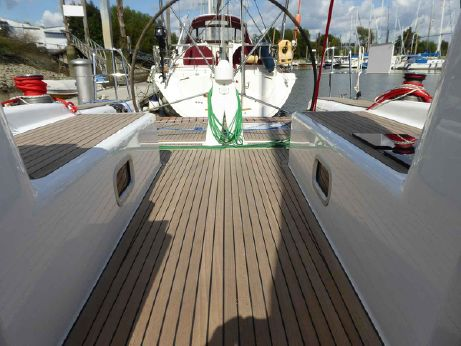 2011 Pacer Yachts 400