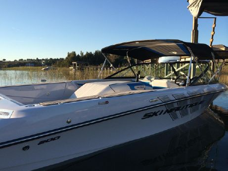2014 Nautique Ski Nautique 200 Closed Bow