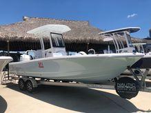 2019 Robalo 246 Cayman