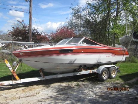 1986 Chris-Craft 210 Scorpion