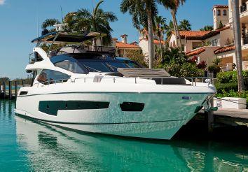 thumbnail photo 0: 2016 Sunseeker 75 Yacht