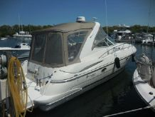 2002 Cruisers Yachts 3470