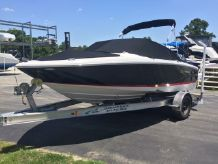 2009 Regal 1900 Bowrider