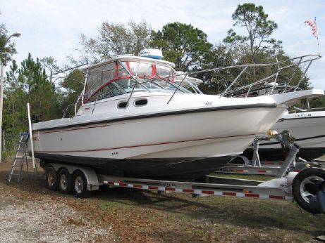 2001 Boston Whaler 295 Conquest WA