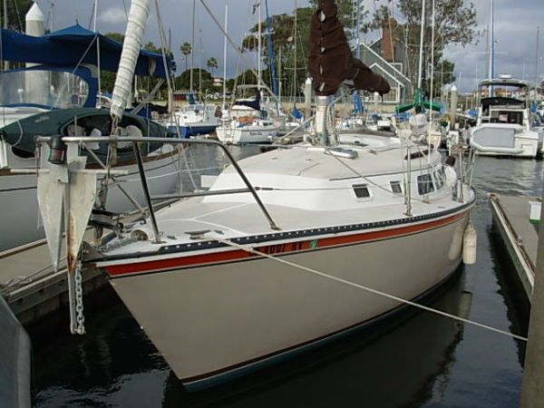 33 ft 1986 newport w/oceanside slip