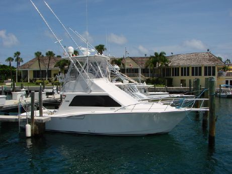 2005 Cabo Yachts Inc 35 Flybridge
