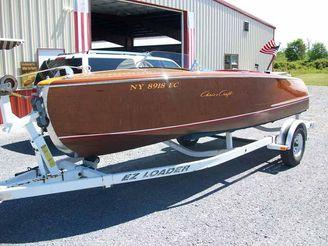 1950 Chris-Craft Riviera Runabout