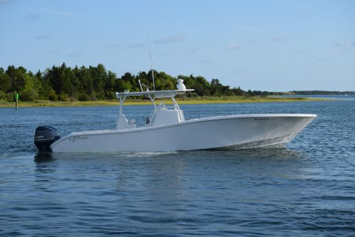 2015 Yellowfin 36 Center Console