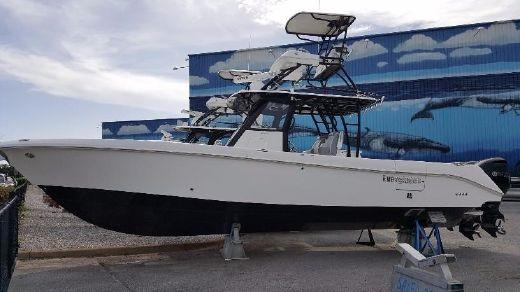 2018 Everglades 355 Center Console
