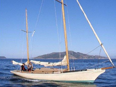 2000 Legendary Yachts Araminta 33 Ketch