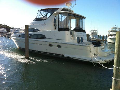 2005 Carver 444 Cockpit Motor Yacht ES