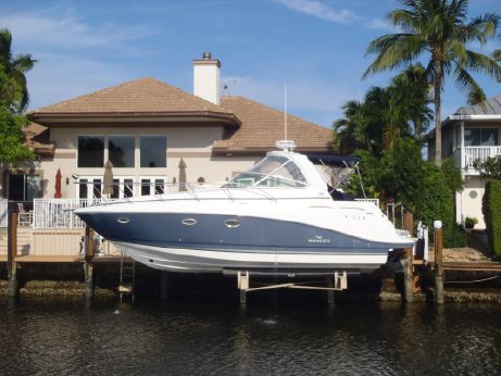 2007 Rinker 350 Express Cruiser