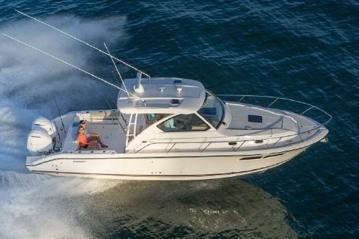 2016 Pursuit OS 355 Offshore