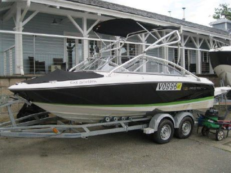 2008 Regal 1900 ES WAKE TOWER