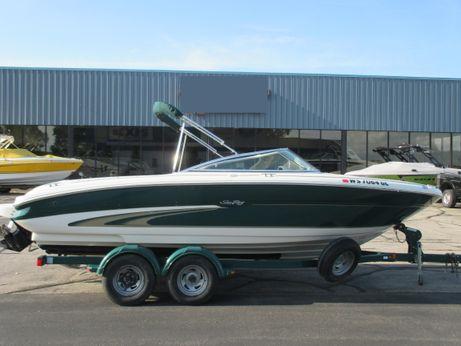2001 Sea Ray 210 BR