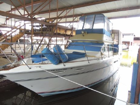 1983 Sea Ray 355 Aft Cabin