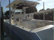 2005 Boston Whaler 32 Outrage Open