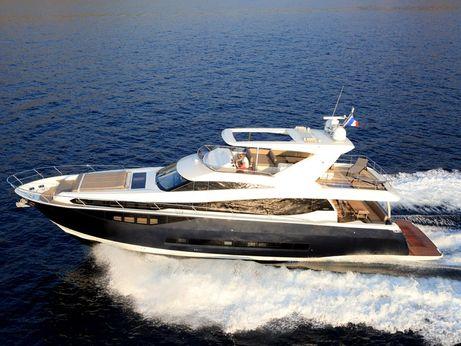 2016 Prestige 750 Yacht