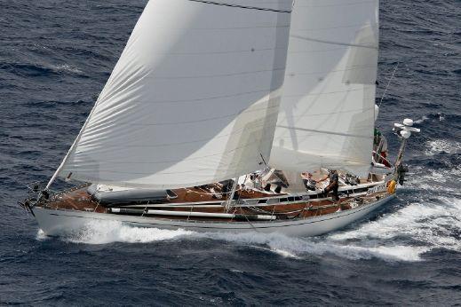1990 Swan Swan 651