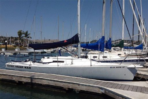 1993 J Boats J/92