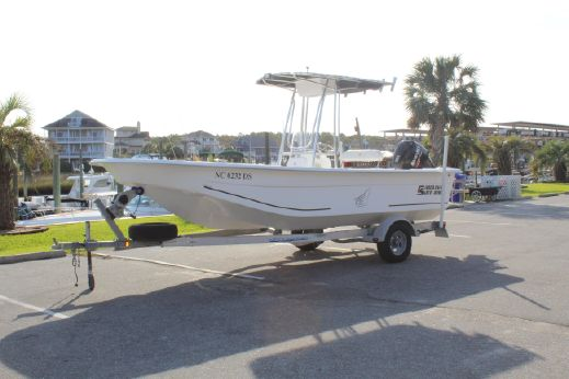 2011 Carolina Skiff 218 DLV