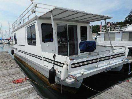 2005 Catamaran Cruisers Vagabond