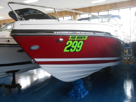 2015 Rinker 246 Captiva Bowrider